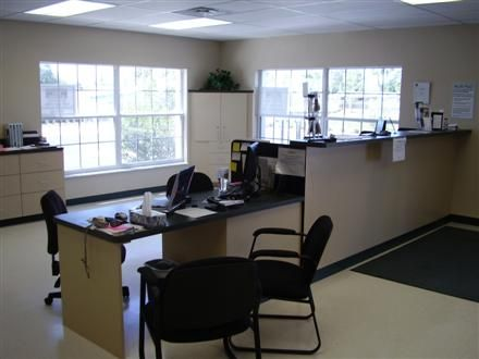3000 Mulford Rd Mulberry, FL 33860 - Front Office Interior