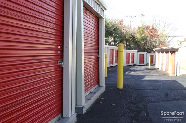 928 Boston Post Road East Marlborough, MA 01752 - Drive-up Units