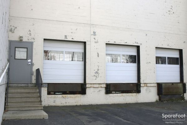 160 Fountain St Framingham, MA 01702 - Drive-up Units