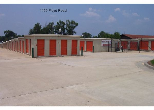 1125 Floyd Rd Columbus, GA 31907 - Drive-up Units