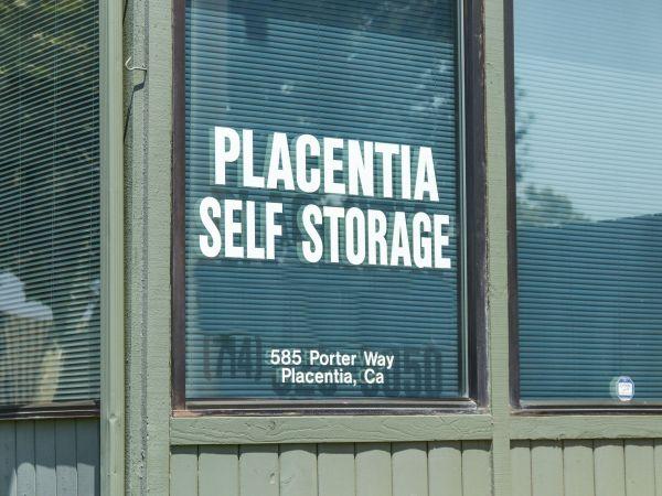 Placentia Self Storage   585 Porter Way