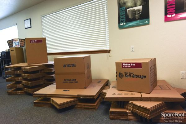 9540 SW 125th Ave Beaverton, OR 97008 - Moving/Shipping Supplies