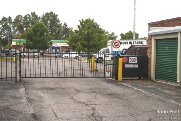 6294 E Main St Columbus, OH 43068 - Security Gate