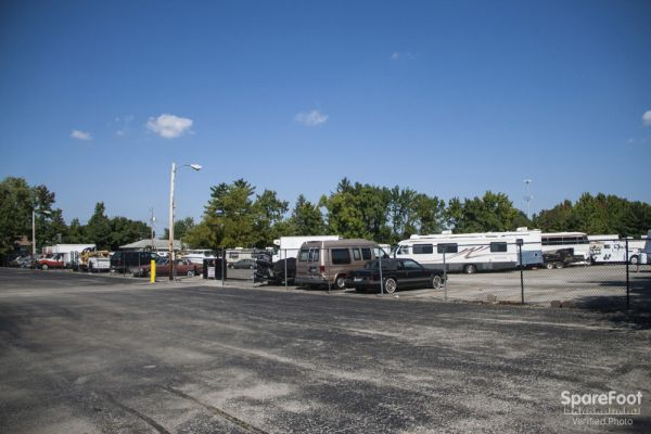 4060 E Main St Columbus, OH 43213 - Car/Boat/RV Storage