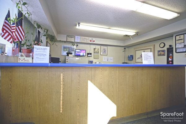 17324 S Broadway Gardena, CA 90248 - Front Office Interior