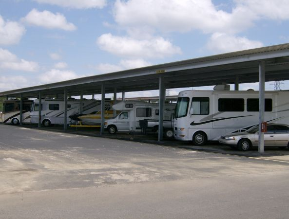 2700 Getwell Rd Memphis, TN 38118 - Car/Boat/RV Storage