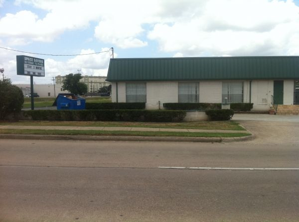 9818 S Gessner Rd Houston, TX 77071 - Storefront|Road Frontage