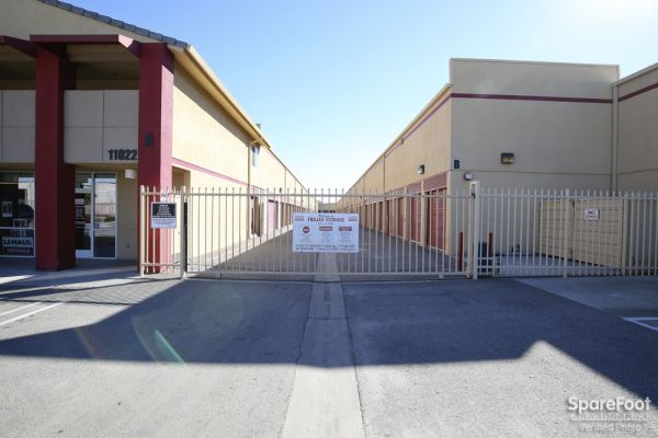 11022 Olinda St Sun Valley, CA 91352 - Security Gate