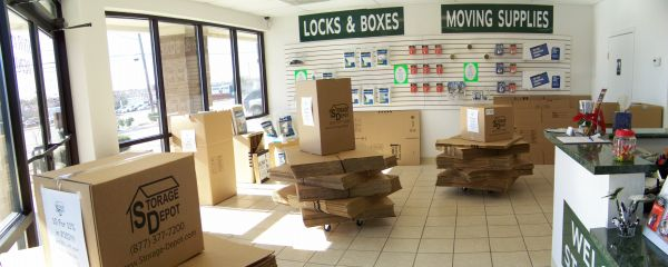 6650 N Riverside Dr Fort Worth, TX 76137 - Moving/Shipping Supplies