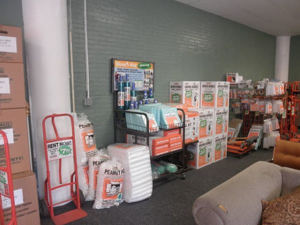 1315 Dixwell Ave Hamden, CT 06514 - Moving/Shipping Supplies