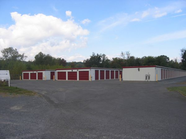 721 River Rd Glenmont, NY 12077 - Drive-up Units