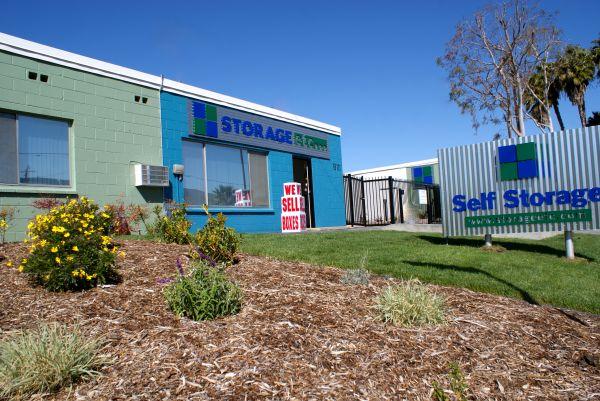 Storage Etc.   Canoga Park   8111 Deering Avenue