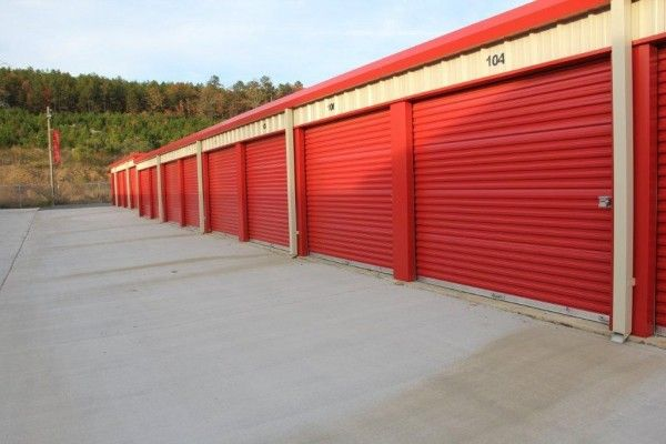 8000 N Ashley Rd North Little Rock, AR 72118 - Drive-up Units