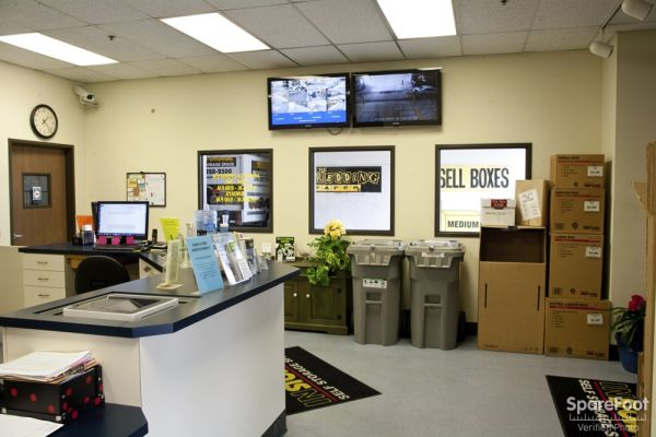 2321 Abalone Ave Torrance, CA 90501 - Front Office Interior