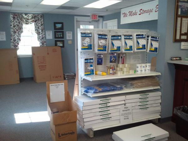 1621 HUGUENOT ROAD MIDLOTHIAN, VA 23113 - Moving/Shipping Supplies