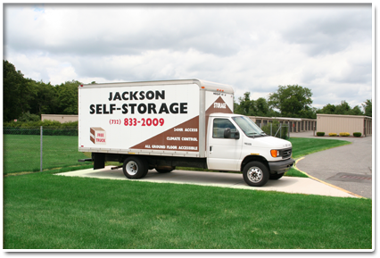 400 N County Line Rd Jackson, NJ 08527 - Moving Truck