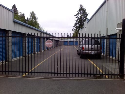 8625 Pacific Ave Tacoma, WA 98444 - Security Gate