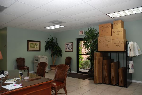 520 S Macdill Ave Tampa, FL 33609 - Front Office Interior