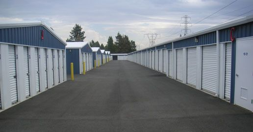 11122 N Newport Hwy Spokane, WA 99218 - Driving Aisle|Drive-up Units