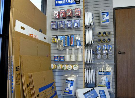 1856 Cherry Ave Long Beach, CA 90806 - Moving/Shipping Supplies
