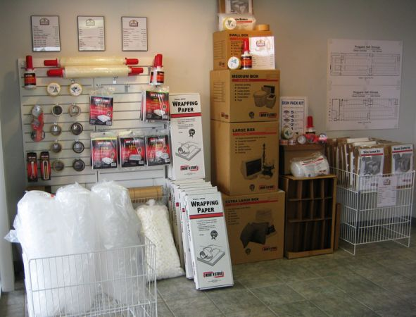2915 Old Spanish Trl Houston, TX 77054 - Moving/Shipping Supplies