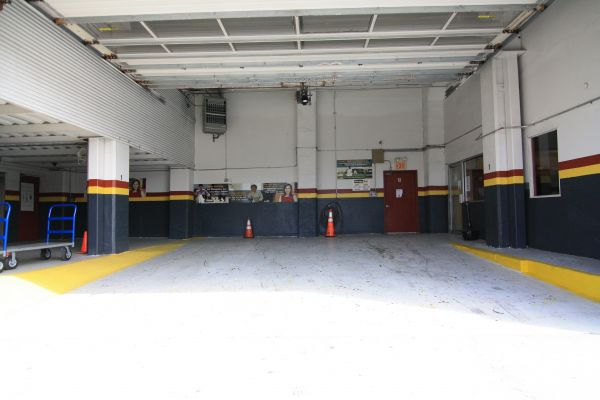 980 4th Ave Brooklyn, NY 11232 - Drive-up Units
