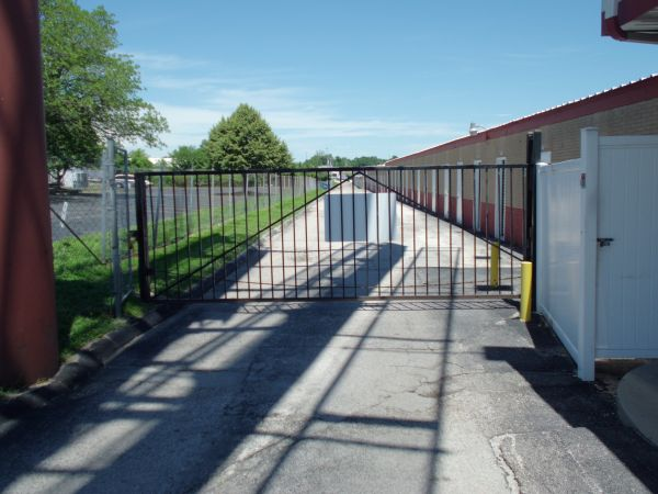 4040 N Service Rd St Peters, MO 63376 - Security Gate