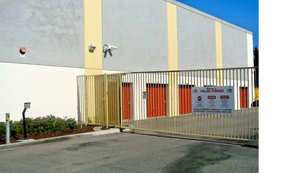 1801 Eastman Avenue Oxnard, CA 93030 - Security Gate