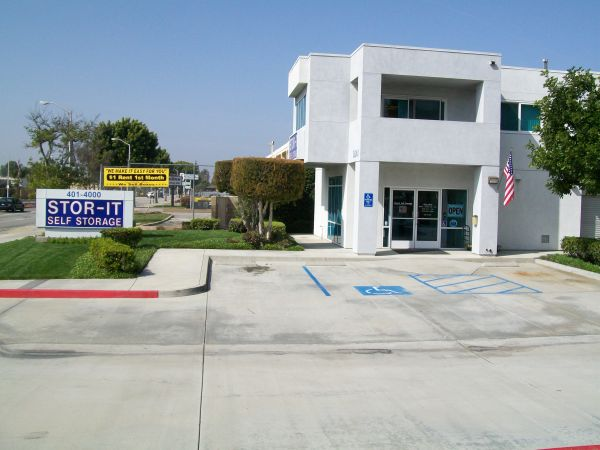 9641 Imperial Hwy Downey, CA 90242 - Storefront