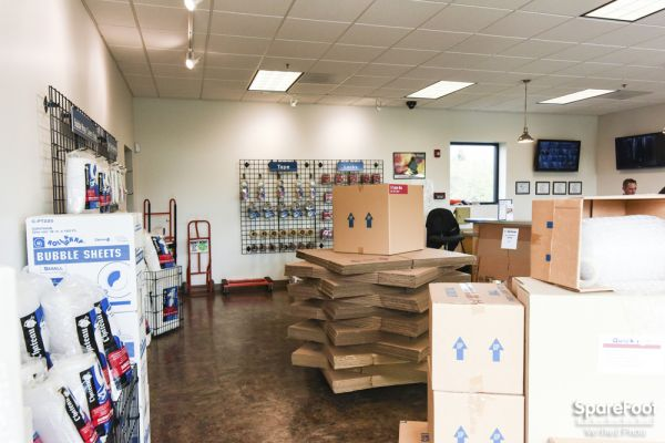 8006 NE 72nd Avenue Vancouver, WA 98665 - Moving/Shipping Supplies