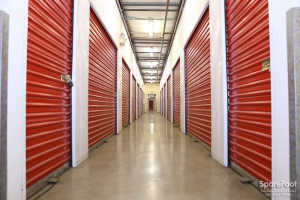 AAA Quality Self Storage - Long Beach - Photo 9