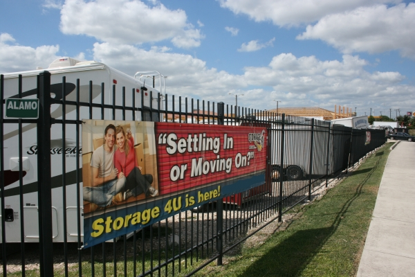 Storage 4U West - Photo 8