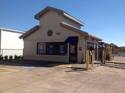 Uncle Bob's Self Storage - Houston - Westheimer Rd - Photo 1