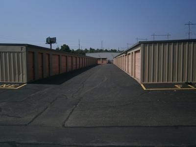 Uncle Bob's Self Storage - North Brunswick - Photo 3