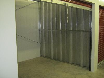 Uncle Bob's Self Storage - Oak Grove Rd - Photo 4
