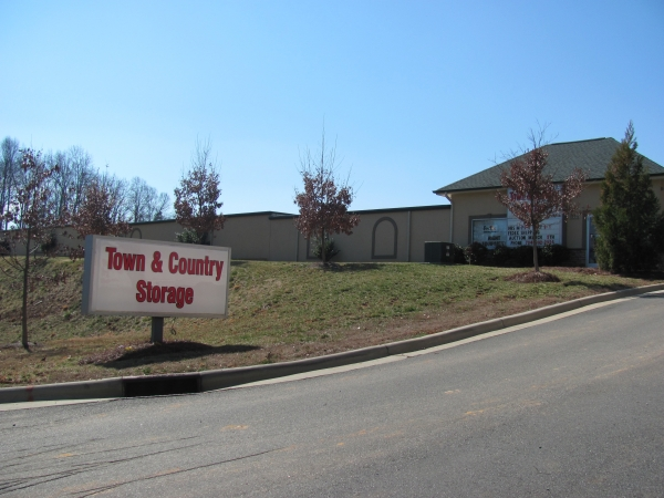 A Town and Country Storage - Huntersville - 15331 Seigle Dr, Huntersville NC 28078 - Road Frontage · Signage