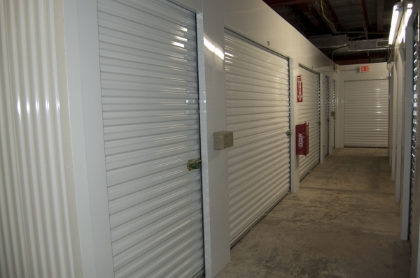 North Loop Self Storage - Photo 2