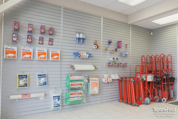 North Loop Self Storage - Photo 10