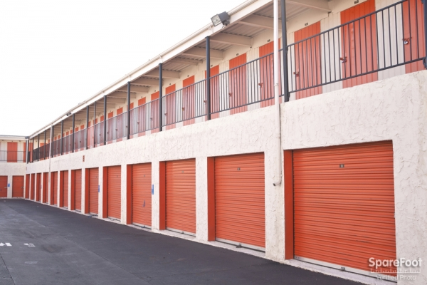 Van Nuys Mini Storage - Photo 13