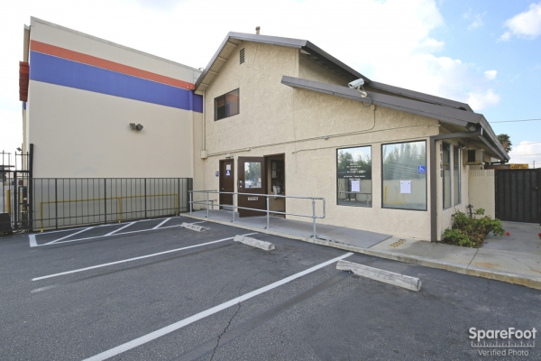 Paramount Self Storage - Photo 2