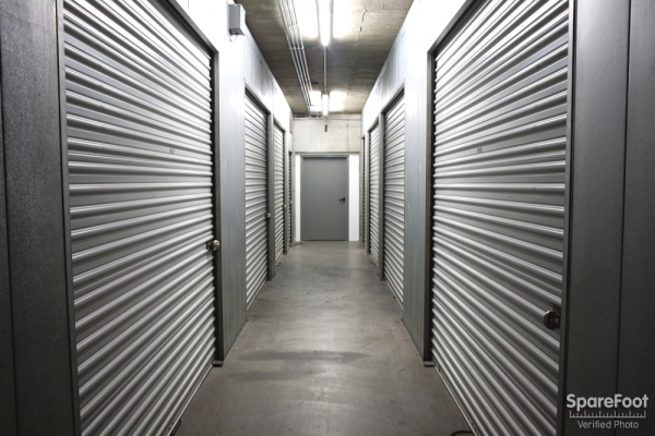 Sherman Oaks Van Nuys Mini Storage - Photo 13