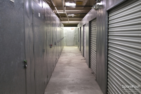 Anaheim Mini Storage - Photo 15