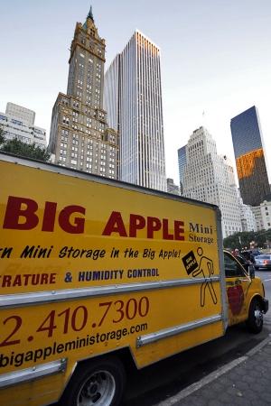 Big Apple Mini Storage - West Manhattan - Photo 4