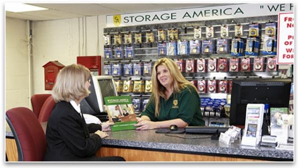 Storage America - Central Falls - Photo 4