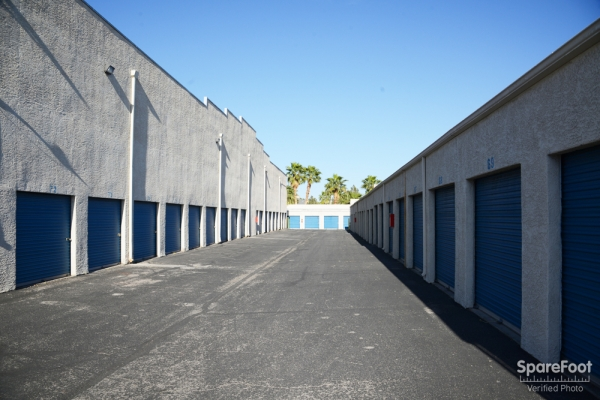 STORE MORE! Self Storage - Sunset LV - Photo 5