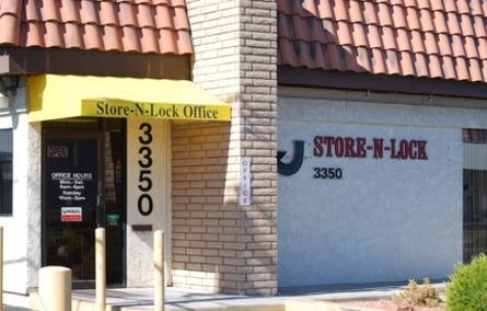 Store N Lock - Photo 4
