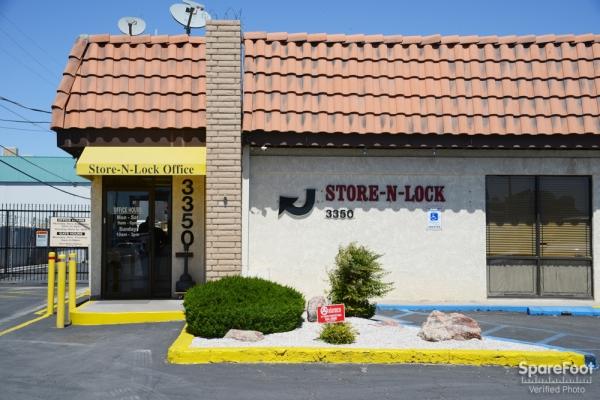 Store N Lock - Photo 2