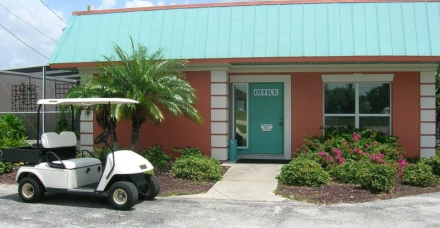 A Storage Inn - Ft. Myers - 13990 McGregor Blvd, Fort Myers FL 33919 - Storefront