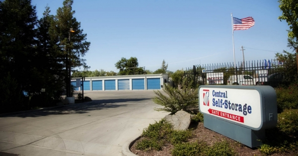 Central Self Storage - Merced - Photo 5
