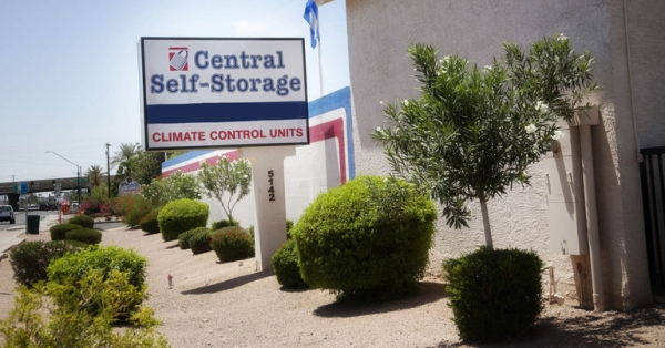 Central Self Storage - Glendale - Photo 2